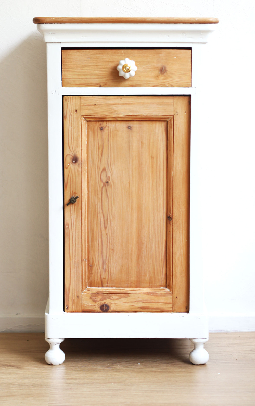 DIY | Upcycled Vintage Cupboard