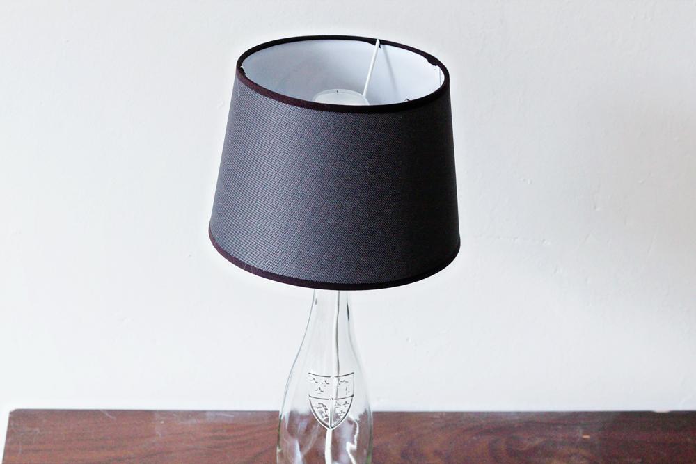 DIY-_-Bottle-Lamp-4