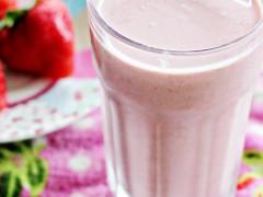 RECIPE | Strawberry Smoothie