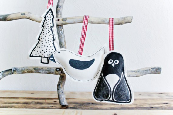 DIY | Painted Fabric Ornaments