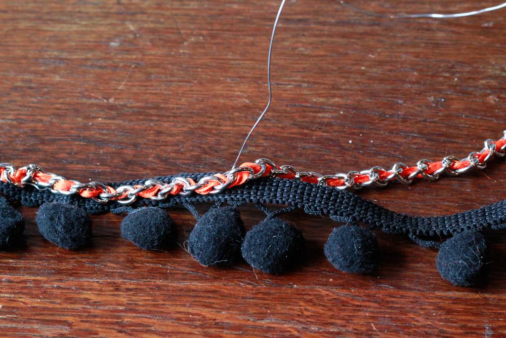 DIY | Pom Necklace