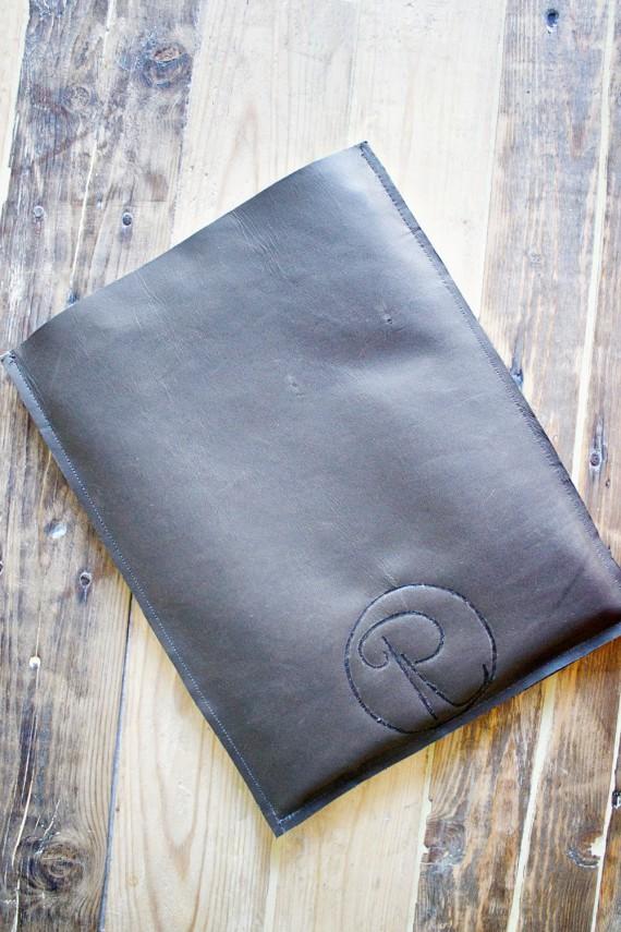 DIY   Monogrammed Tablet Sleeve