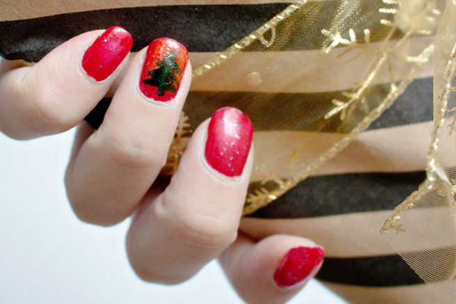 favorites-christmas-nails