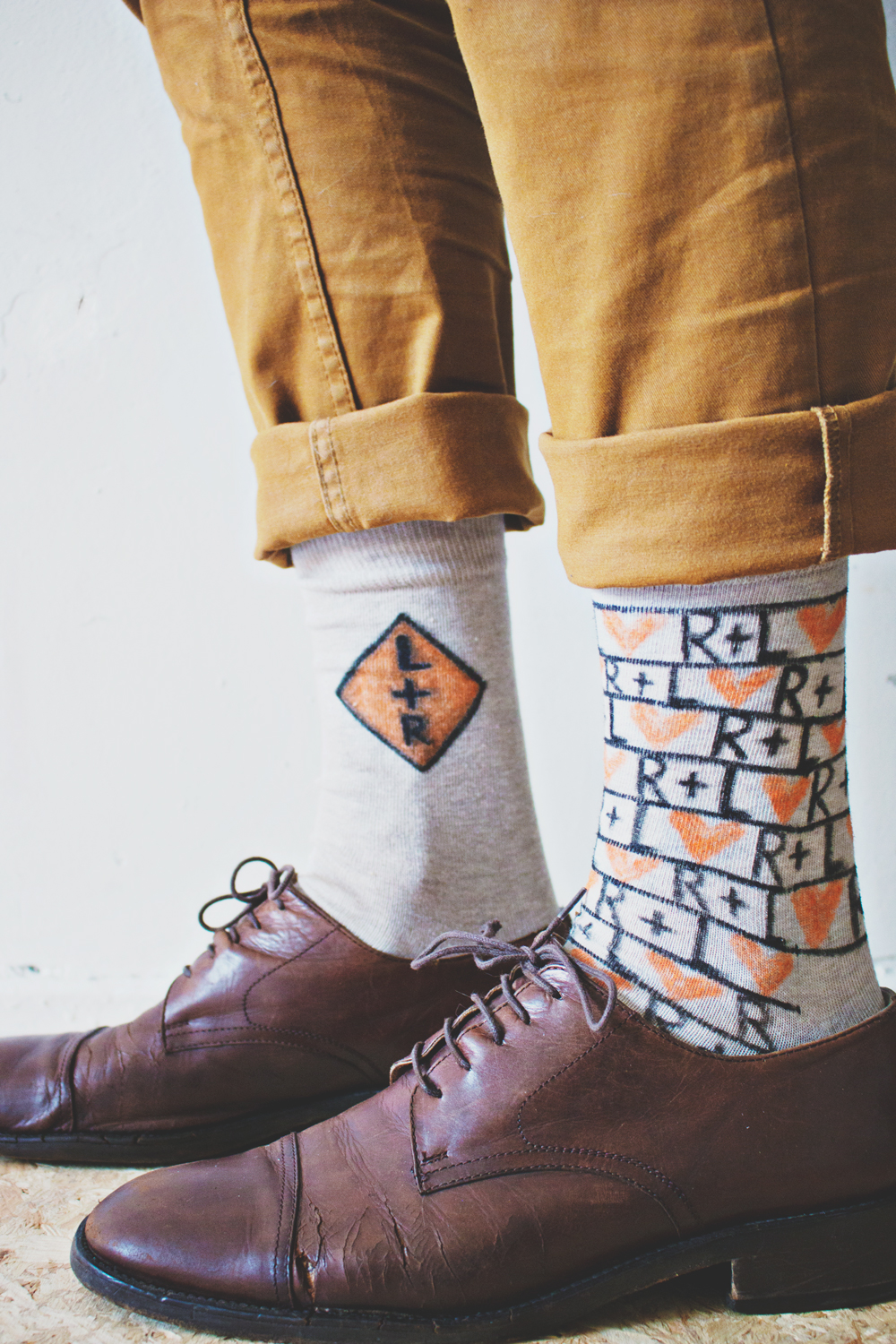 DIY-_-Personalized-Socks-6