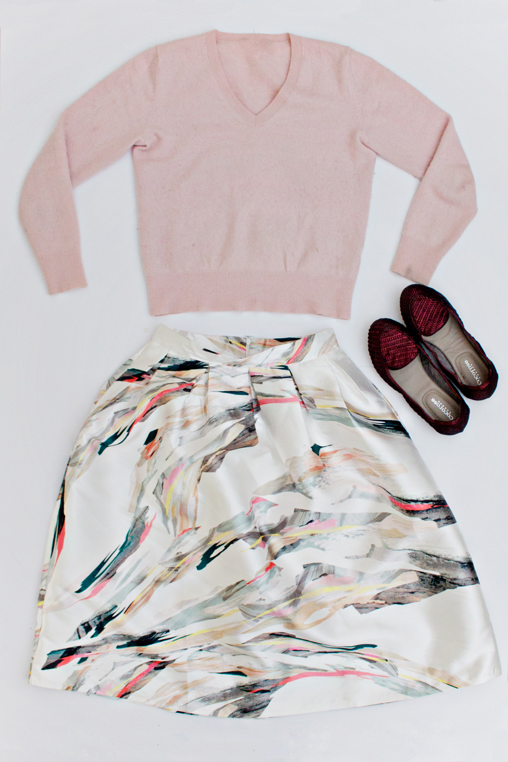 OUTFIT | How to Style a Shirt & Skirt