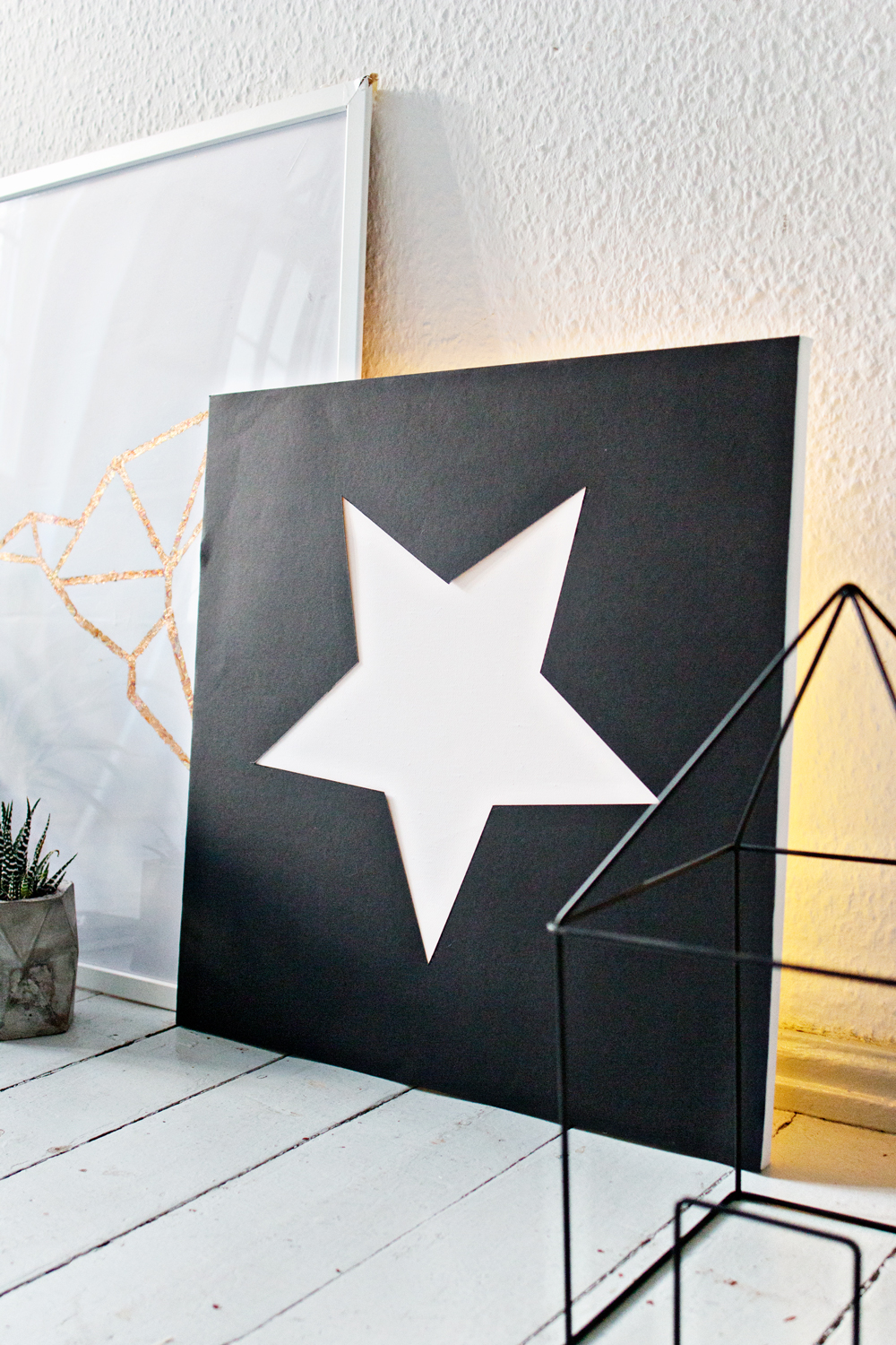 DIY | Canvas Cutout Star Light
