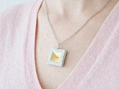 DIY | Concrete and Gold Leaf Pendant