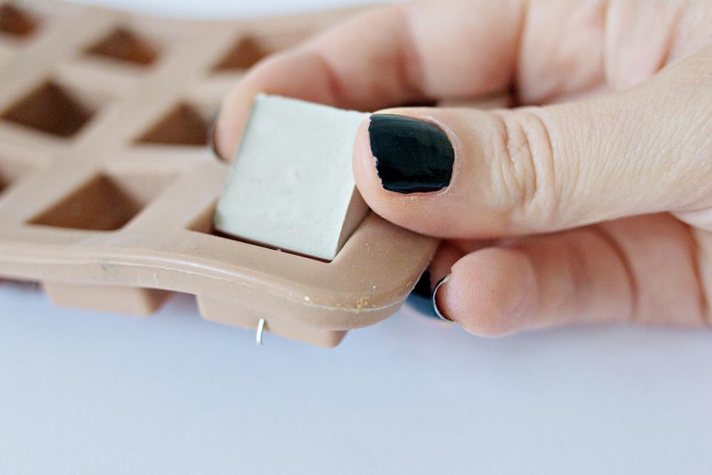 DIY-_-Concrete-Pendant-