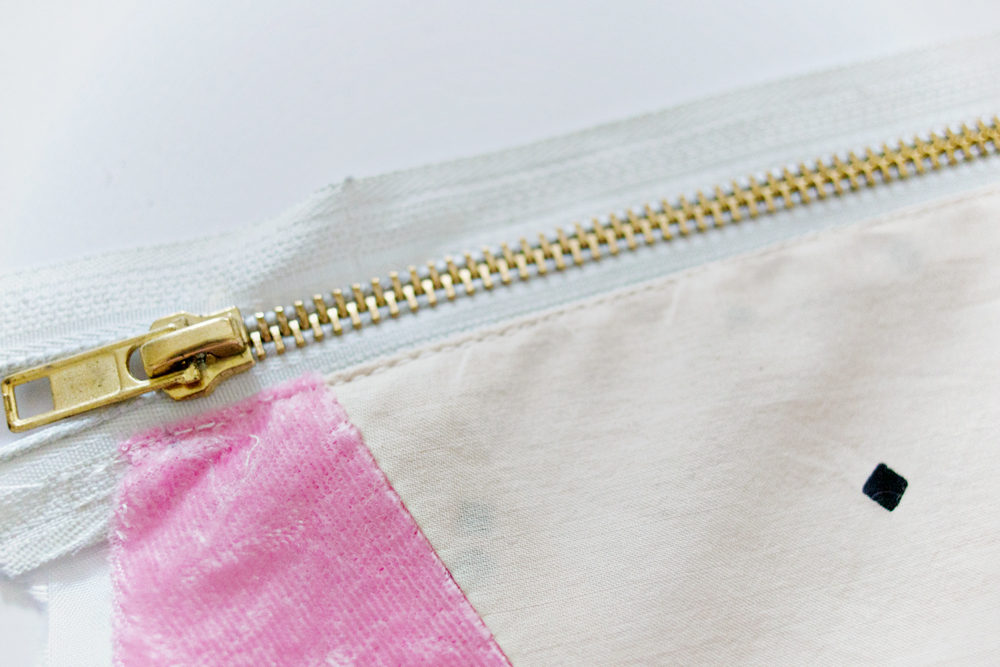 SEWING DIY | Geometric Fabric Scrap Zipper Clutch