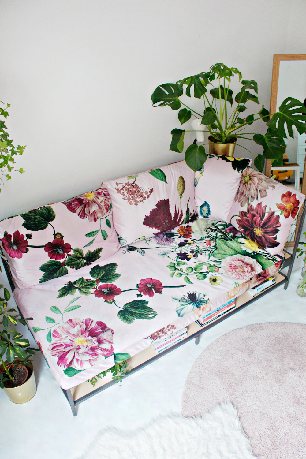 RESTYLE DIY | Custom Sofa Fabric Design