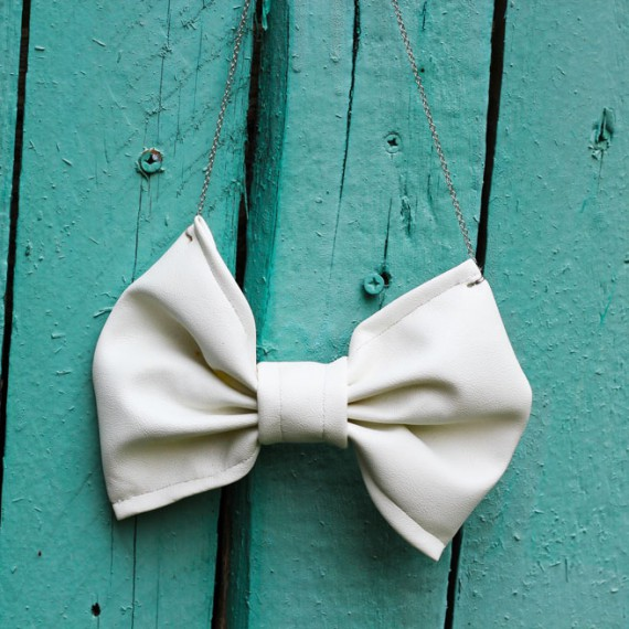 DIY | Big Bow Necklace