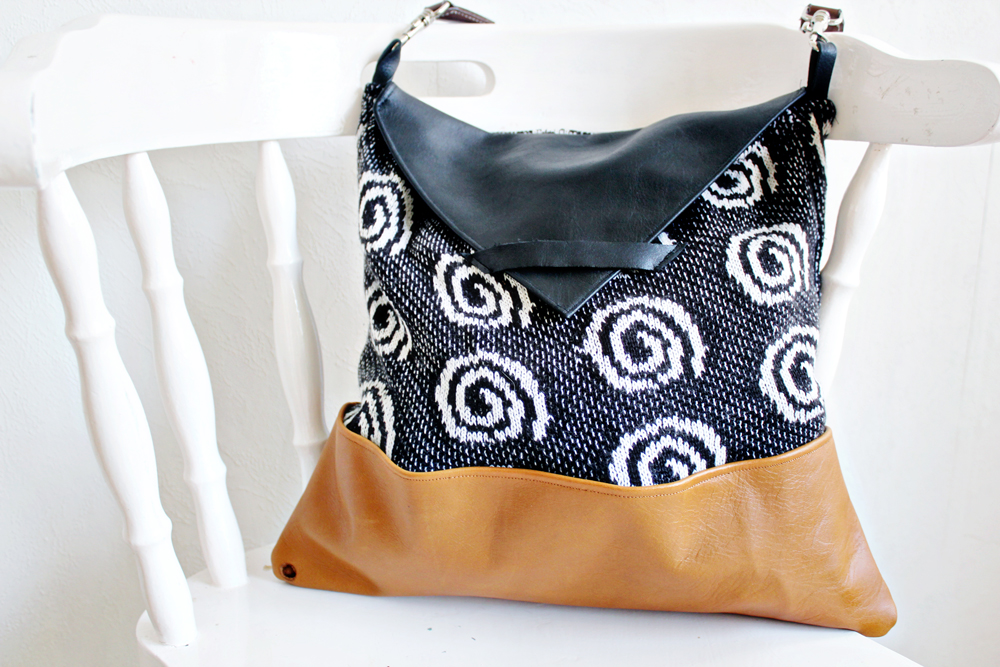 DIY | Sweater Bag