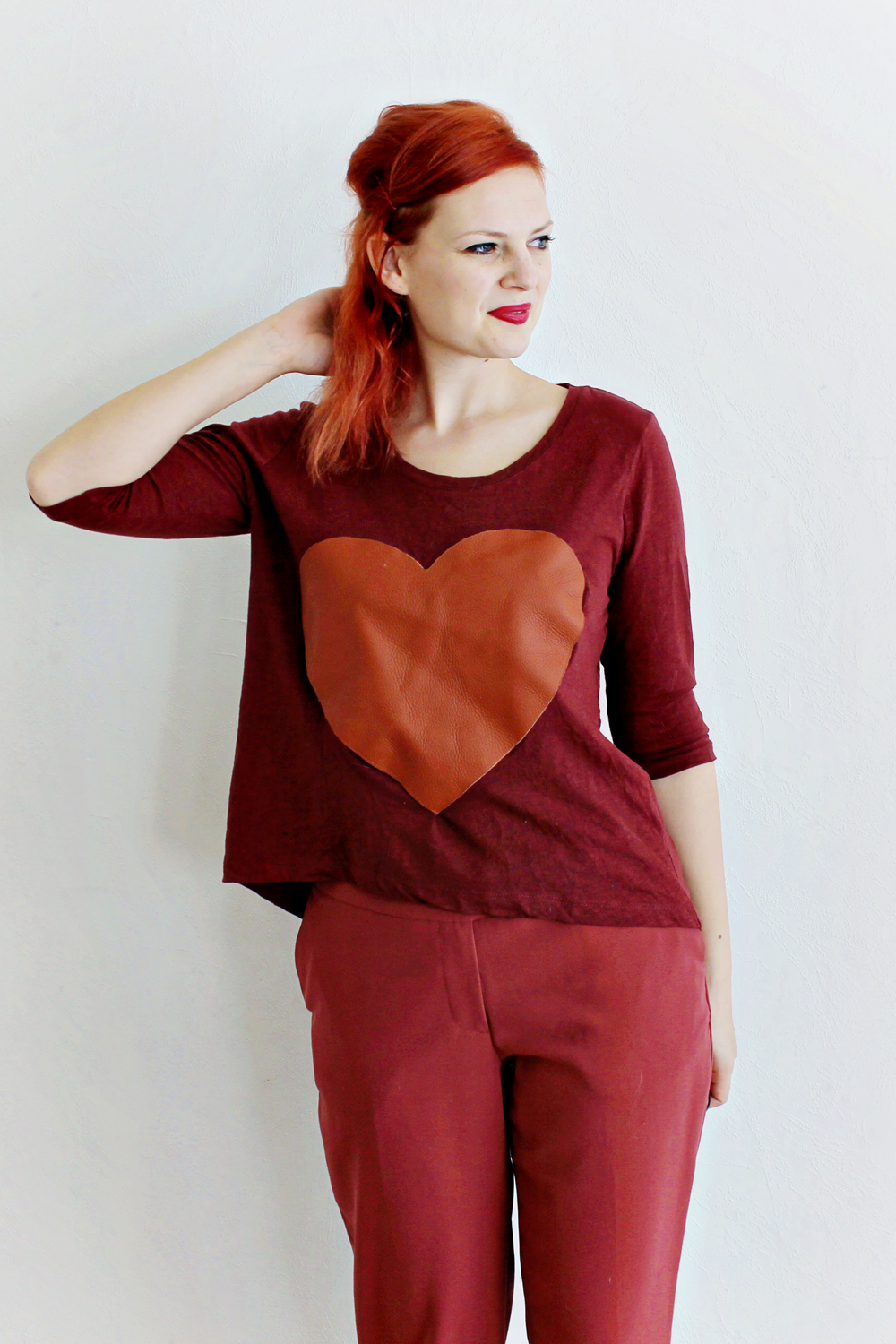 diy-_-leather-heart-shirt-2