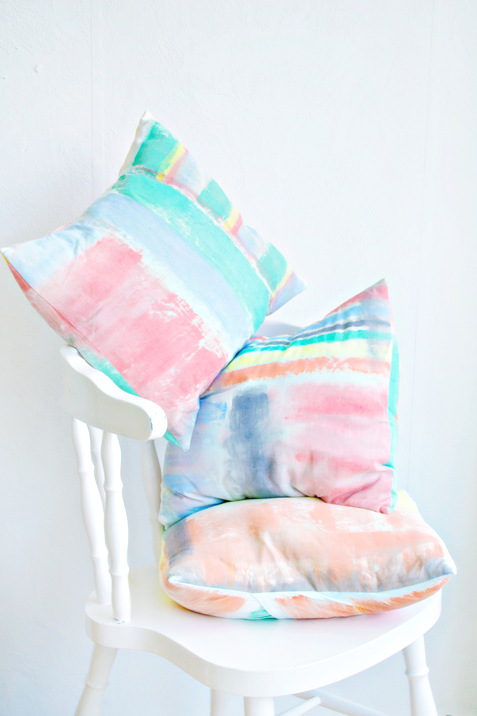 DIY | Brushstroke Cushion Covers