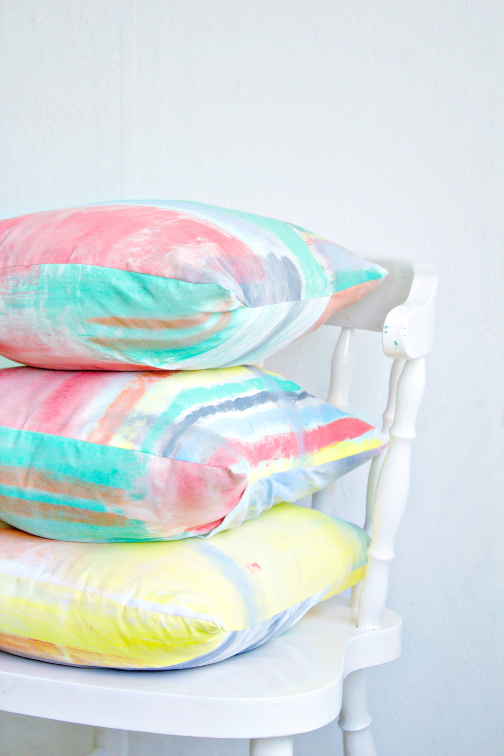 DIY | Brushstroke Cushion Covers