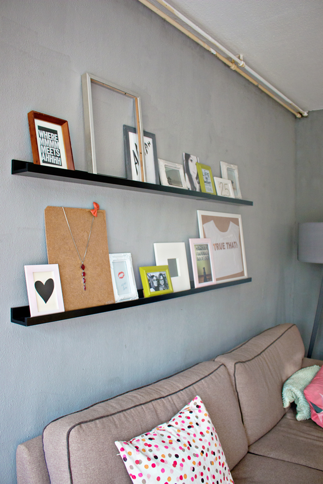 Wall Shelf For Picture Frames Sevenstonesinc