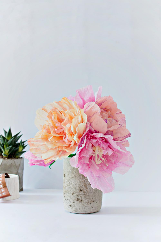 FEATURE   Paper Peonies & Concrete Vase