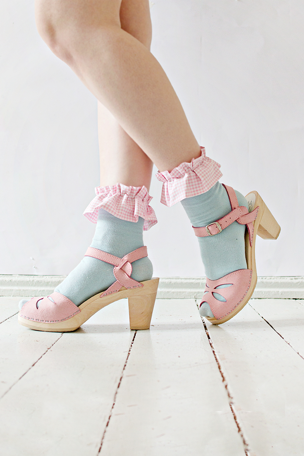 FEATURE | Ruffle Socks