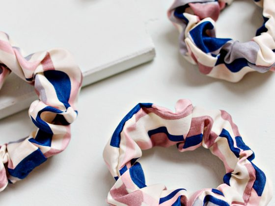 UPCYCLING DIY Old T-Shirt Hair Scrunchie