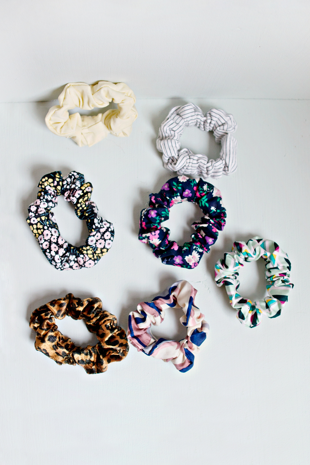 UPCYCLING DIY | Old T-Shirt Hair Scrunchie