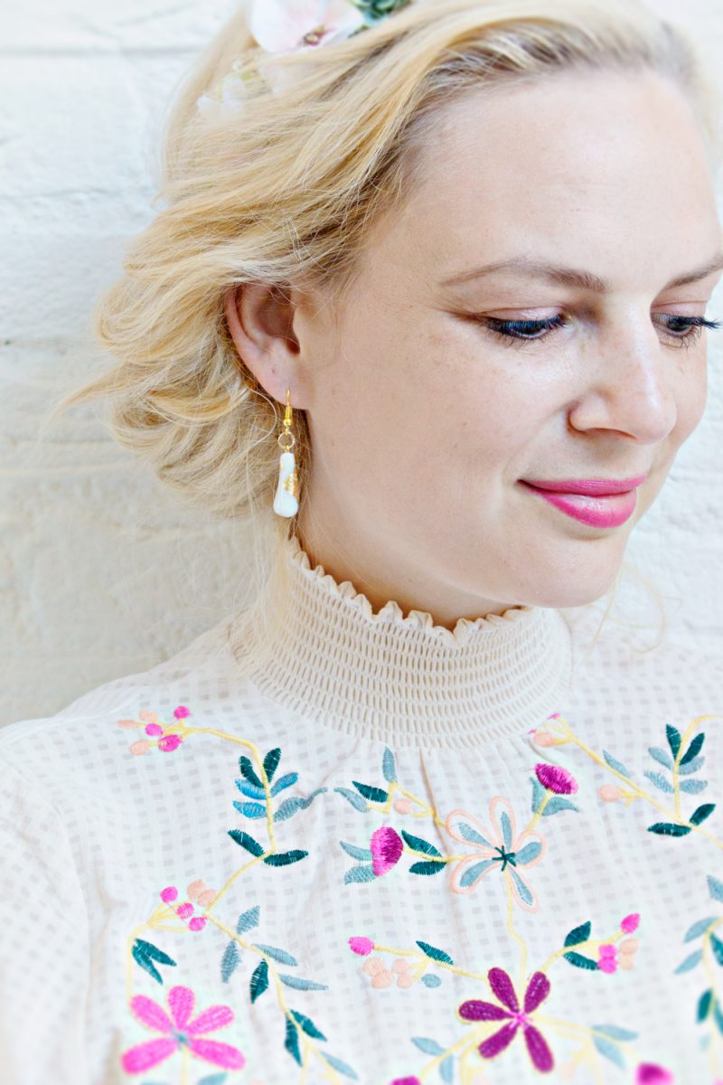 JEWELRY DIY | Gold Leaf Teardrop Earrings